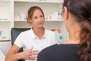 frauenarzt-luebeck-gespraech